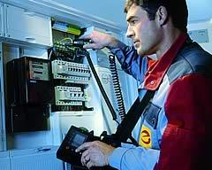 Elektro-Messung am Sicherheitskasten